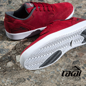 ��ī�� ���� �����Ƴ� ����׷��� �����̵� LAKAI GUY MARIANO RED GREY SUEDE